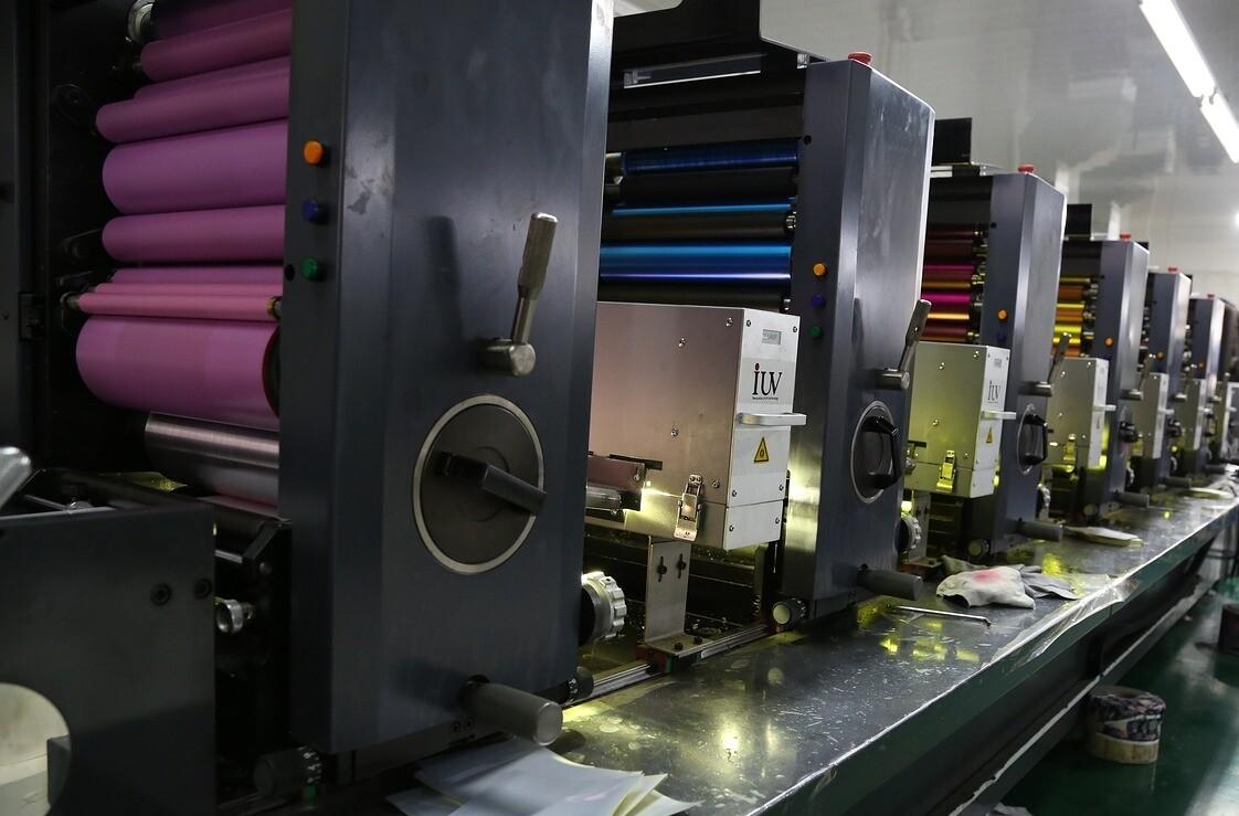 Offsetdruck Maschine mit 6 Druckwerken